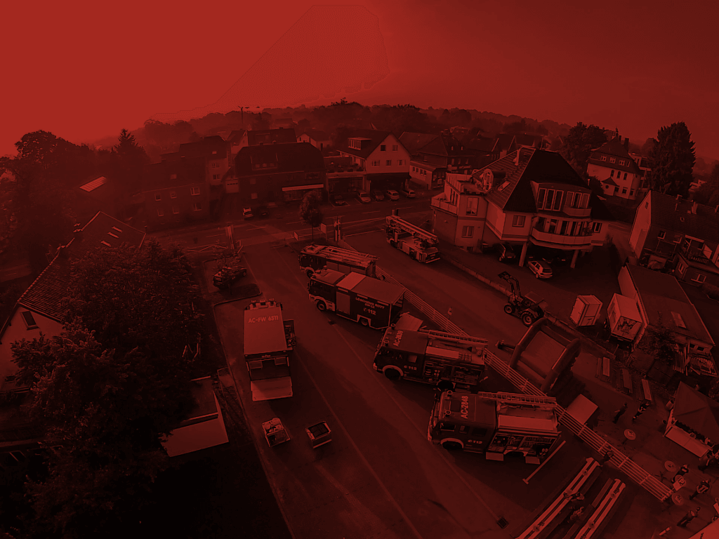 112-Jahre-Fahrzeuge-rot-1024x768