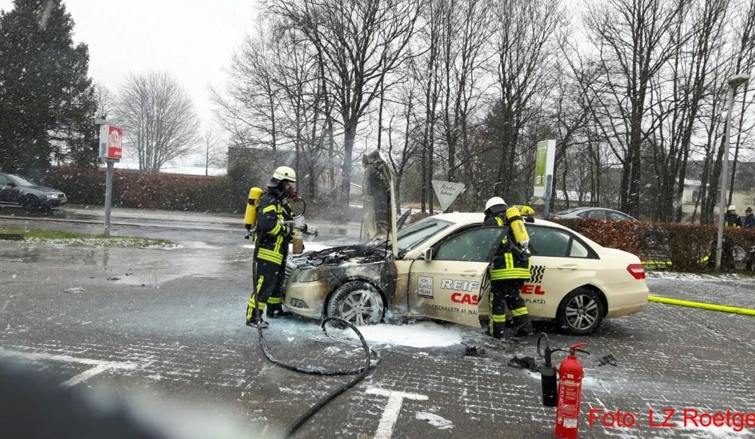 Einsatz 10/2016, PKW-Brand, Feuer, Roetgen, Bundesstraße