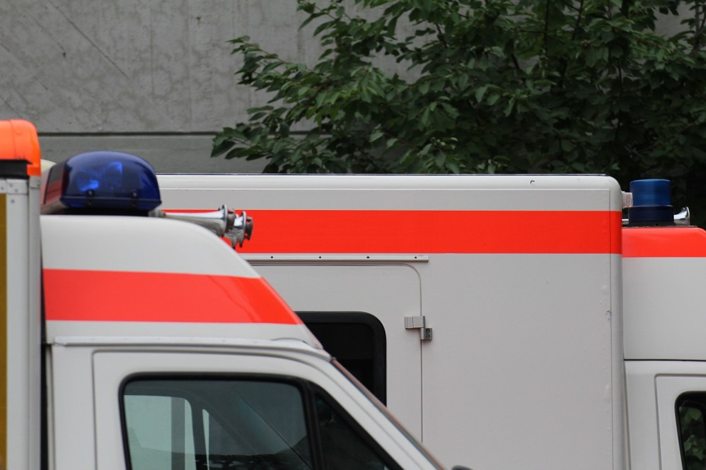 Einsatz 31/2016, Notfall, Tragehilfe, Rott, Birksiefenweg
