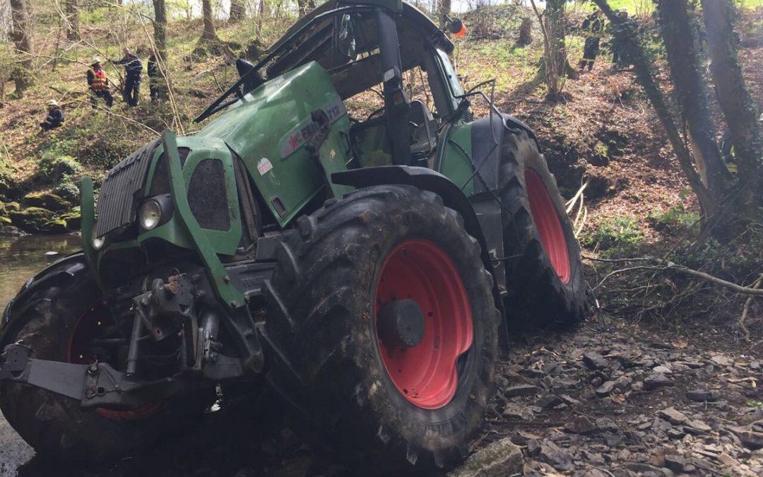 Einsatz 06/2017, TH, verunfalltes Baufahrzeug, Rott, Brunnenweg
