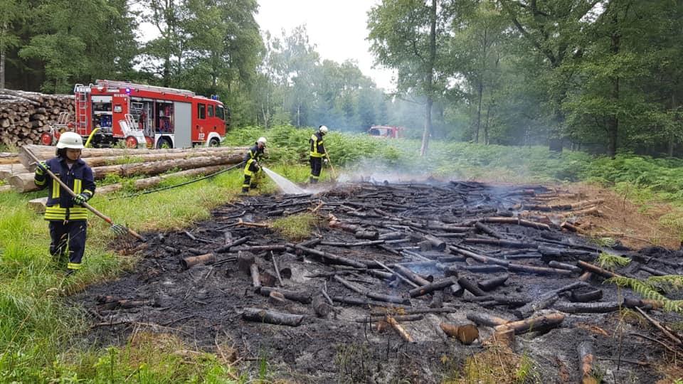 Einsatz Flächenbrand 1 – 15:39 Uhr